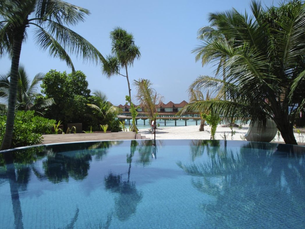 cheap 4 star hotels maldives