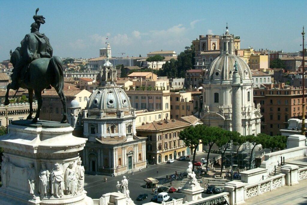 wycieczka rzym samolotem