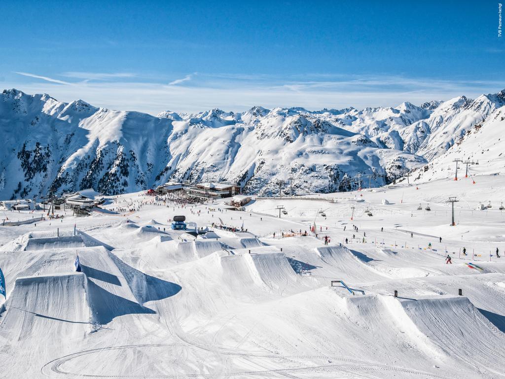 polecany hotel wIschgl waustriackim Tyrolu; wysoko oceniany hotel
