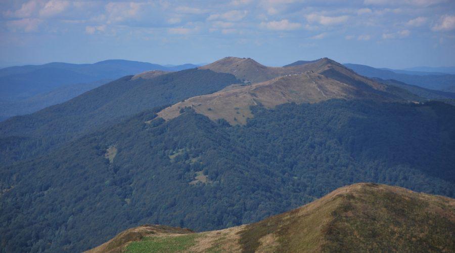 panorama Bieszczad uwieczniona zPołoniny Caryńskiej jako zdjęcie dokonkursu fotograficznego
