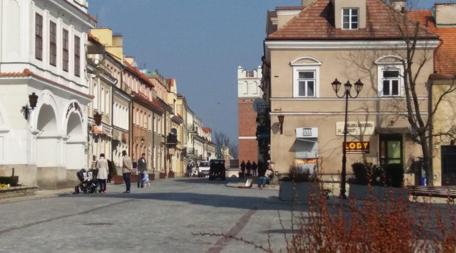 zniżki (deals) nahotele wmieście Sandomierz