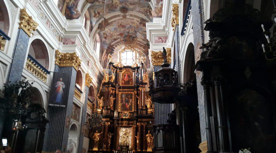 the main altar in the sanctuary of Swieta Lipka